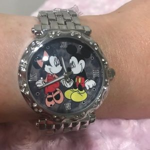 ✨PRICE IS FIRM! Mickey & Minnie Mouse Watch. NEW✨